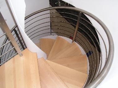 Pianerottolo di scala a chiocciola elicoidale - Foto scale a chiocciola ...