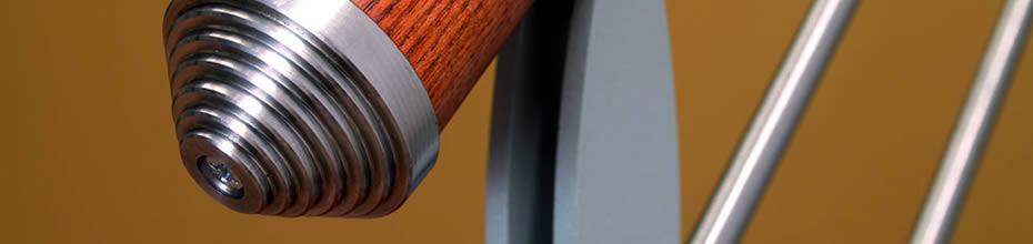 Dettaglio di scala per interni in legno