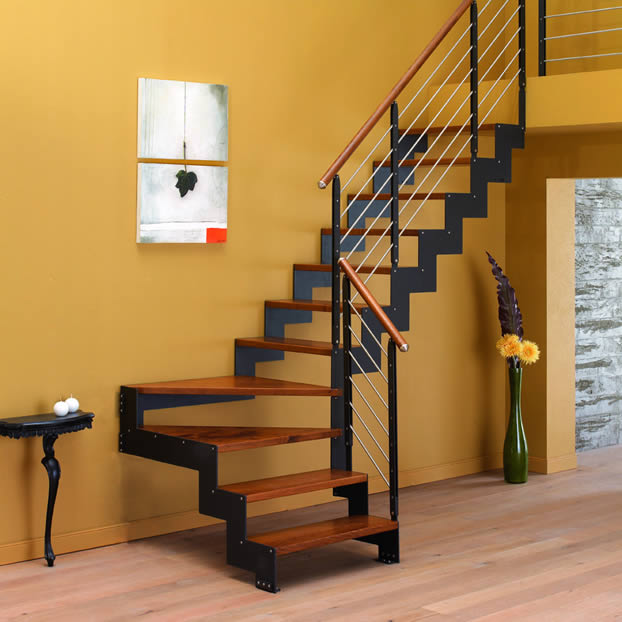 Scale a rampa in legno negozio vendita ed esposizione in - Scale in muratura per interni ...