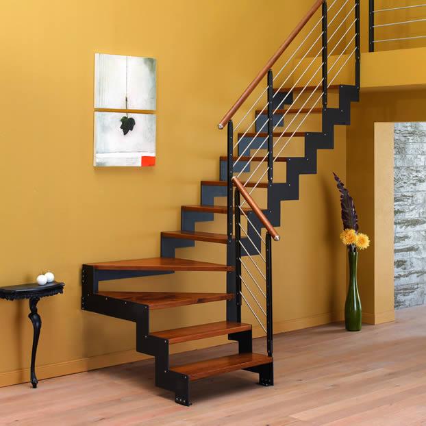 Scale a rampa in legno negozio vendita ed esposizione in - Scale interne in muratura moderne ...